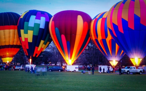 Event_Pathway_of_Lights_Air_Balloons.jpg